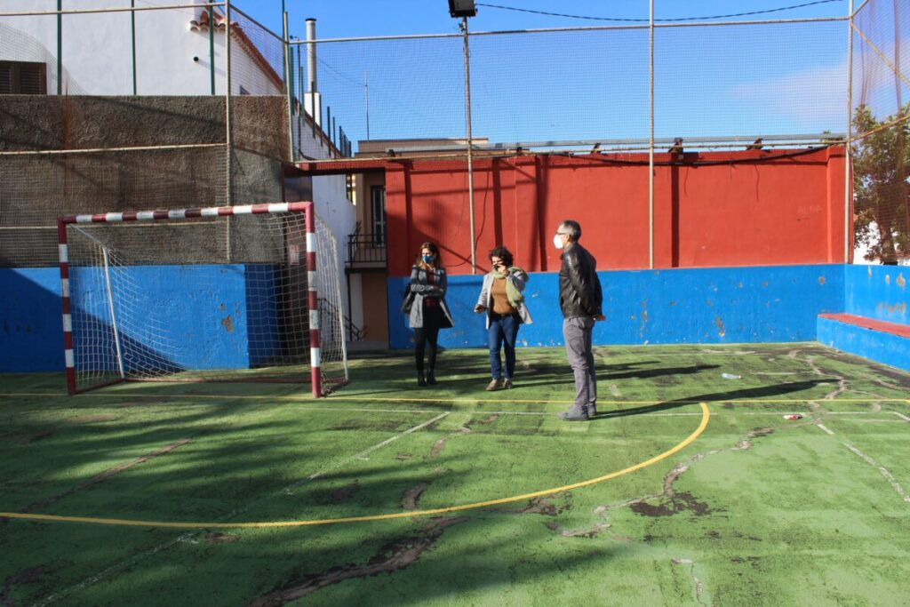 Visita-al-Polideportivo-de-Las-Rosas
