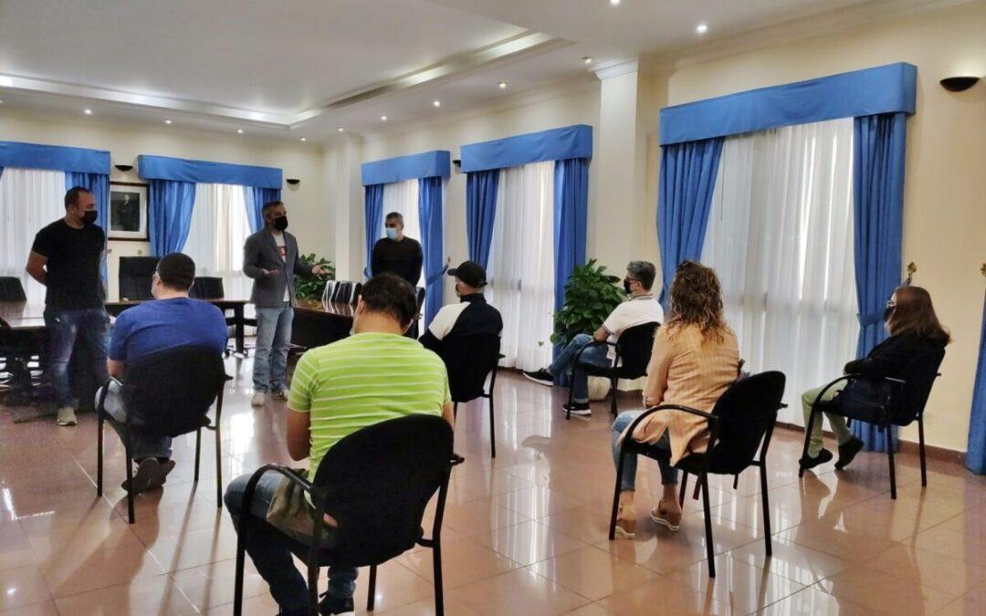 El Ayuntamiento rescata del desempleo a una treintena de rambleros en riesgo